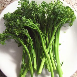 Baby_Broccoli_Seeds.jpg